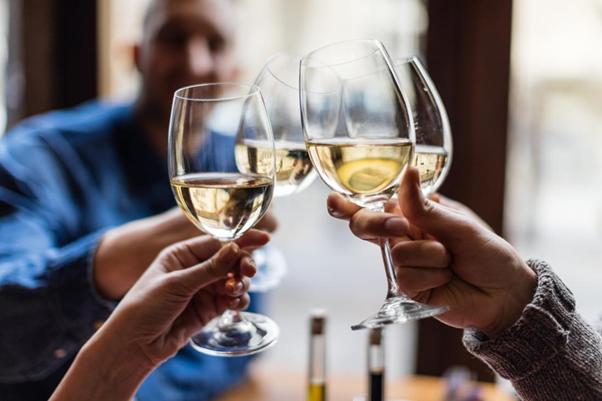 Rượu bia có thể gây hại cho cơ tim, dùng trong thời gian dài làm cơ tim bị giãn, phì đại tâm thất và xơ hóa cơ tim.